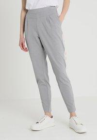 Cream - BEATE PANTS - Pantalon classique - light grey melange - 0