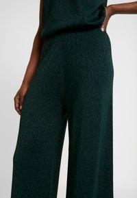 Cream - SIERRA PANTS - Bukse - deep green - 5