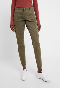 Cream - BETTY PANTS BAIILY FIT - Bukser - khaki - 0