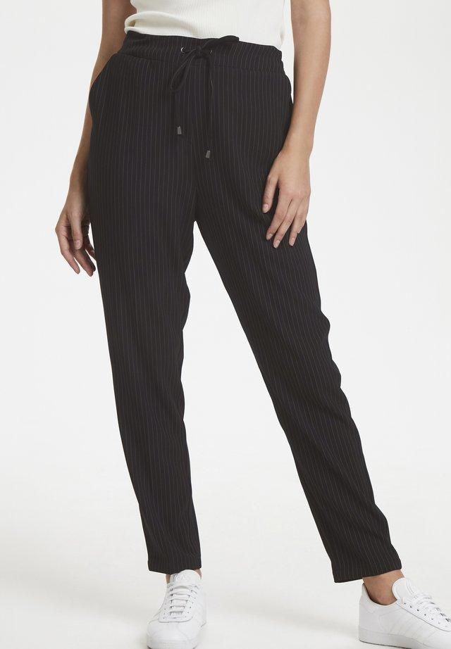 NOVASTELLA  - Pantaloni - pitch black
