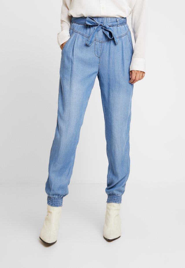 VINCACR CARGOPANTS - Kangashousut - blue denim
