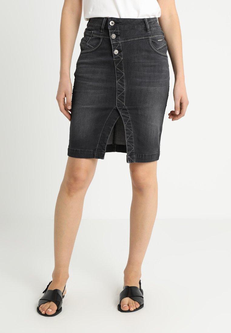 Cream - STINNA STUDS SKIRT - Blyantnederdel / pencil skirts - dark grey