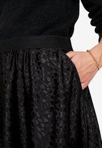Cream - SANNE SKIRT - A-linjekjol - pitch black - 4