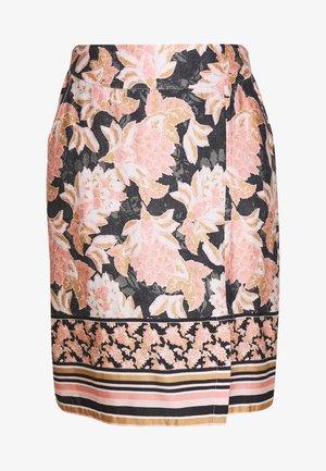 BAHIA - Pencil skirt - spring pink