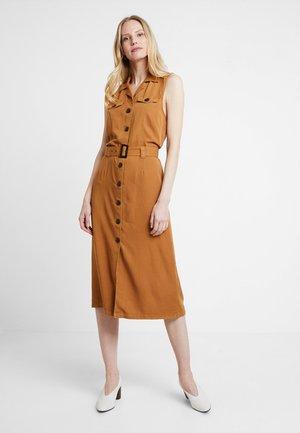 GAYA DRESS - Skjortekjole - bronzed