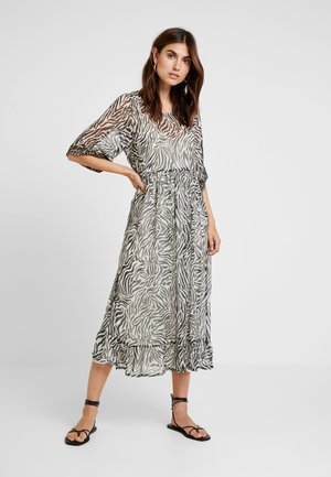 LEONIE DRESS - Maxi dress - pitch black