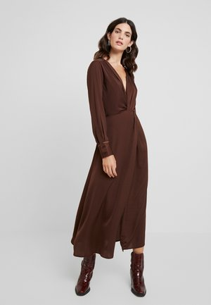 CHRISTY DRESS - Maxi-jurk - chicory coffee