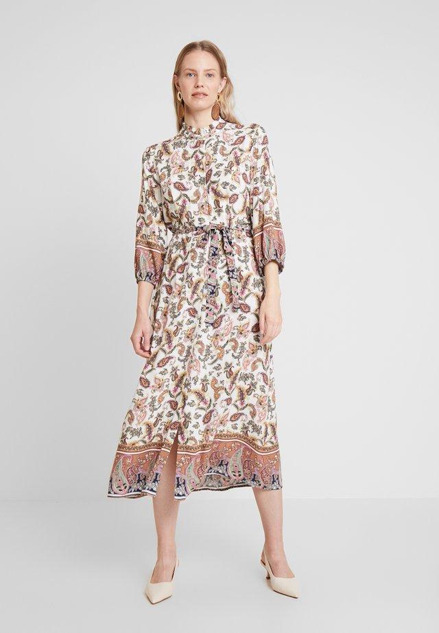 ODELLA DRESS - Košilové šaty - light swan