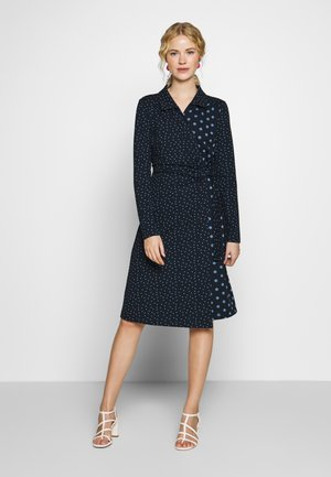 SUEDA WRAP DRESS - Denní šaty - royal navy blue