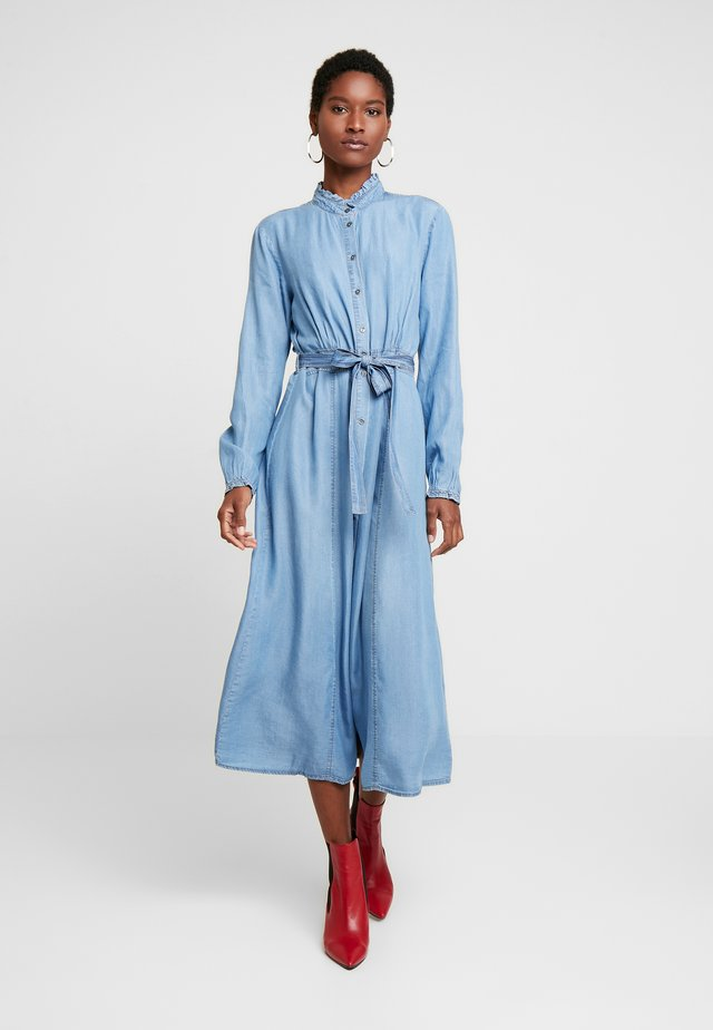 VINCACR DRESS - Sukienka jeansowa - blue denim