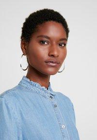 Cream - VINCACR DRESS - Spijkerjurk - blue denim - 4