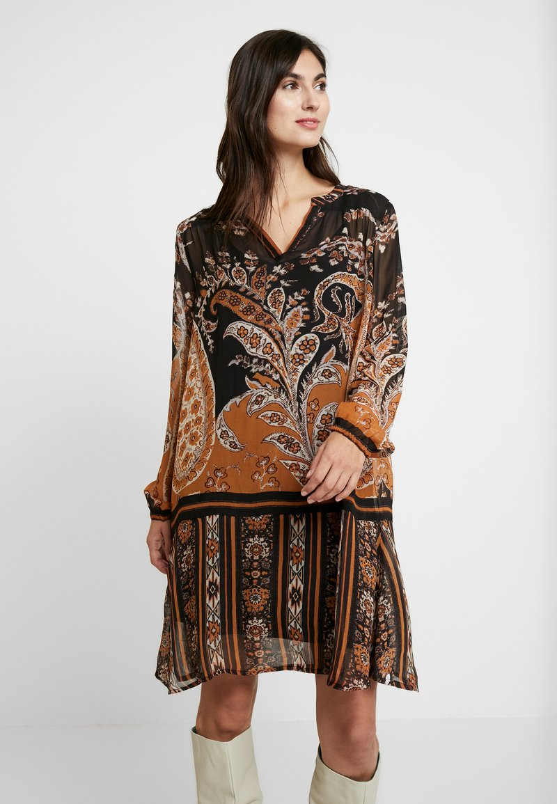 Cream - LIZA DRESS - Kjole - pitch black