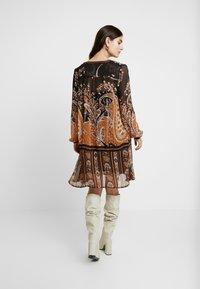 Cream - LIZA DRESS - Kjole - pitch black - 3