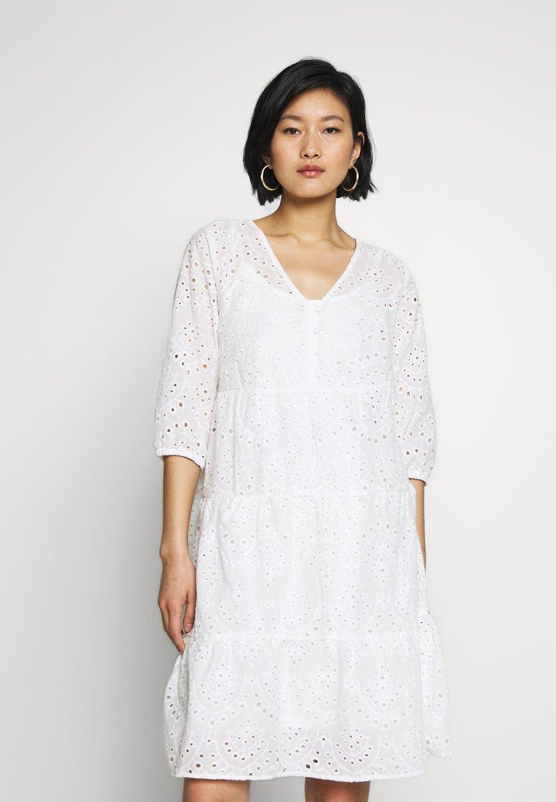 Cream - RISTA DRESS - Shirt dress - snow white