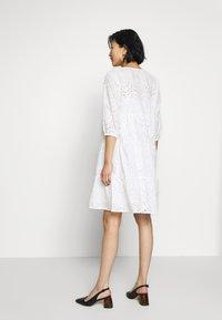 Cream - RISTA DRESS - Shirt dress - snow white - 2