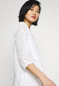 Cream - RISTA DRESS - Shirt dress - snow white - 5