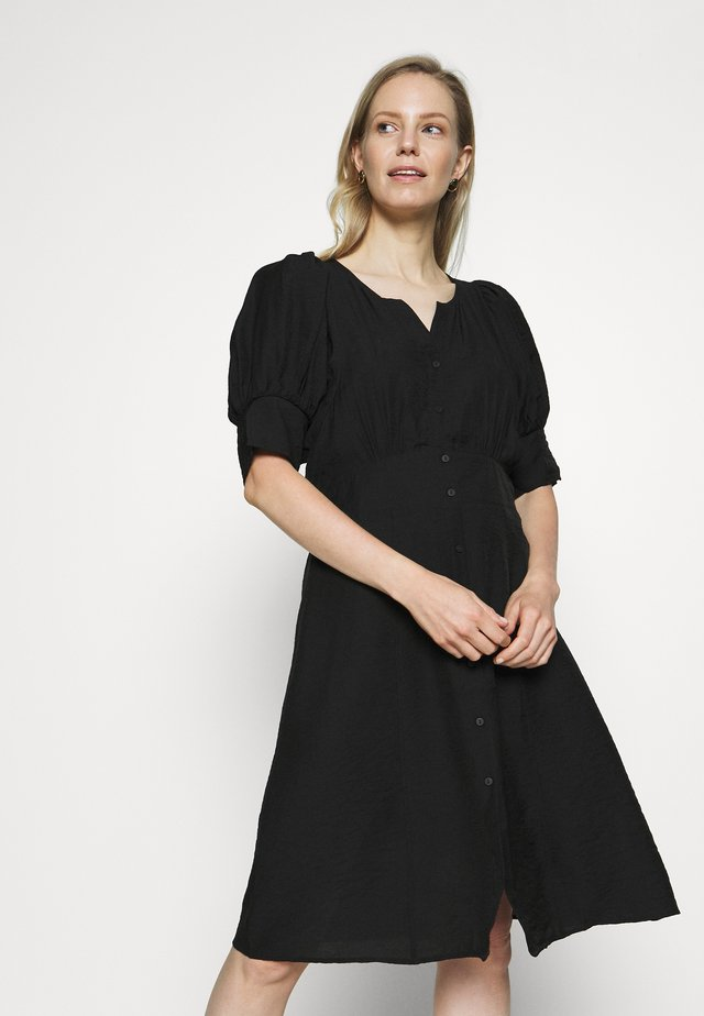 BIRK DRESS - Sukienka koszulowa - pitch black