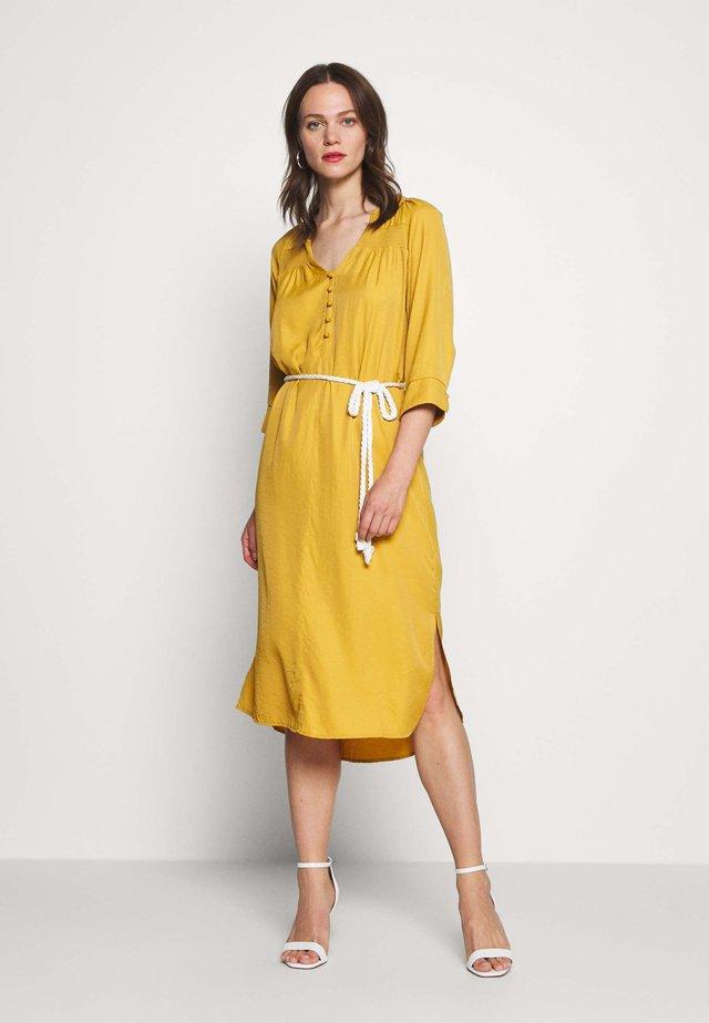 VICKY DRESS - Shirt dress - tinsel
