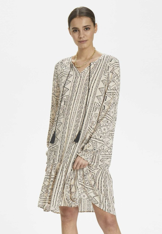 JONNACR DRESS - Korte jurk - brazilian sand