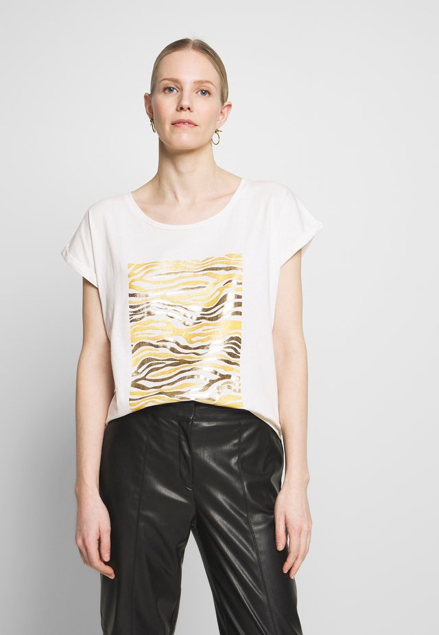 PIACR - T-shirt con stampa - gold