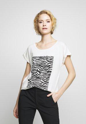 PIACR - Print T-shirt - pitch black