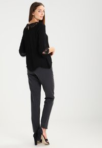 Cream - KALANIE BLOUSE - Blouse - pitch black - 2