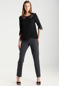 Cream - KALANIE BLOUSE - Blouse - pitch black - 1