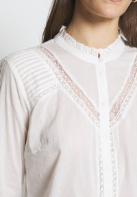 Cream - MANNA - Button-down blouse - chalk - 5
