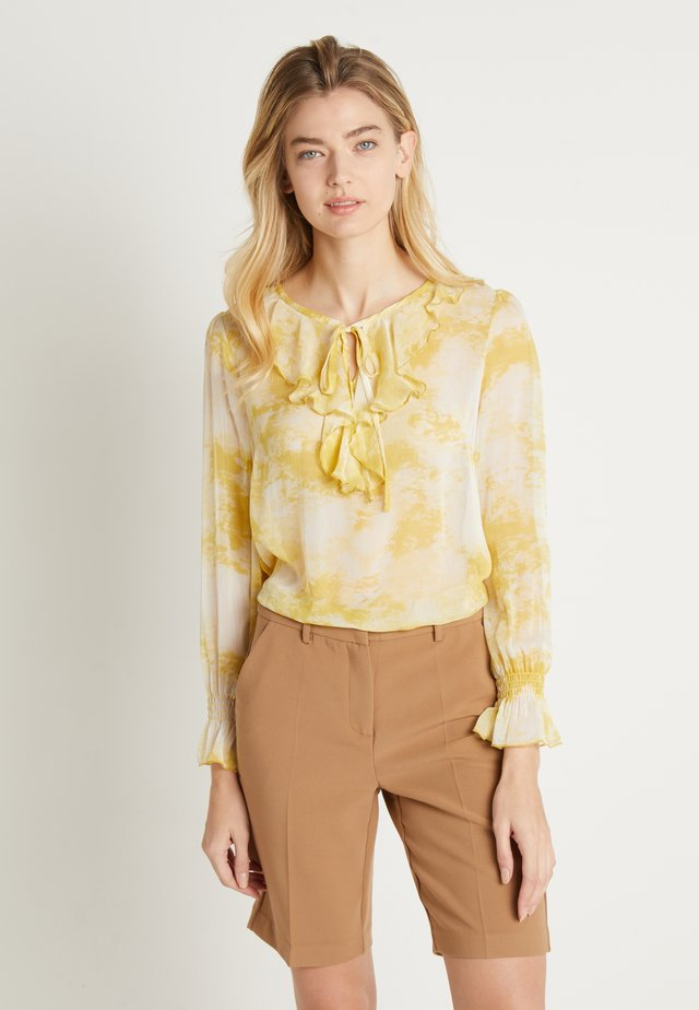 MONICA BLOUSE - Blouse - spicy mustard