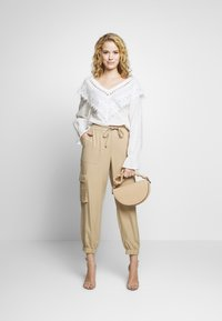 Cream - AGNA BLOUSE - Blůza - chalk - 1
