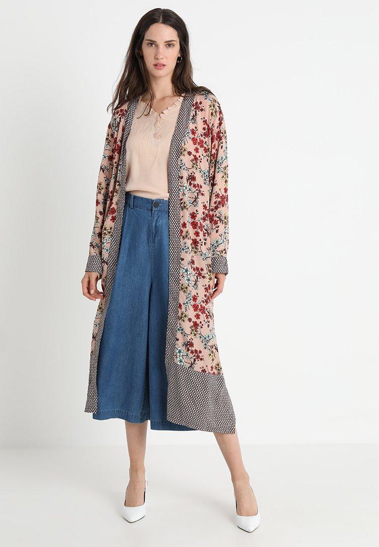 Cream - DAKOTA - Summer jacket - rose dust