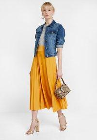 Cream - LISA JACKET - Kurtka jeansowa - rich blue denim - 1