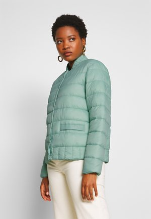 SOFIACR QUILTED JACKET - Light jacket - soft green
