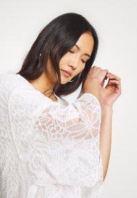 Cream - AMILLA KIMONO - Classic coat - chalk - 4