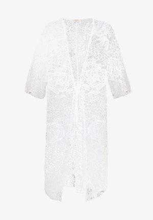 AMILLA KIMONO - Zimní kabát - chalk