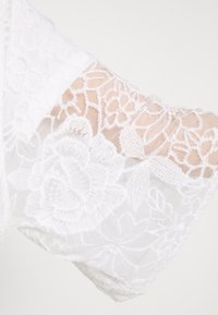 Cream - AMILLA KIMONO - Classic coat - chalk - 6