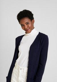 Cream - KAITLYNCR CARDIGAN SOFT - Cardigan - royal navy blue
