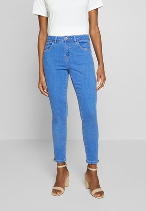 BENNIE SHAPE FIT - Slim fit jeans - spring blue denim