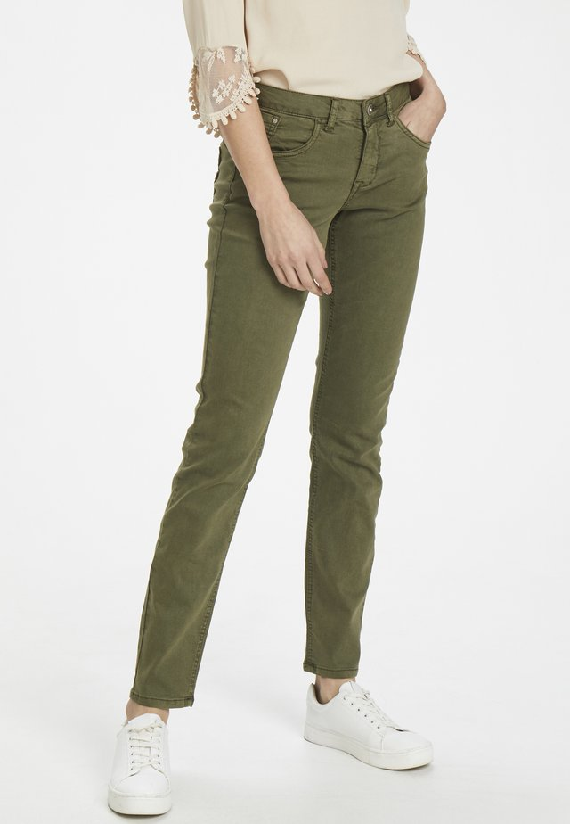 LOTTECR - Jeans Slim Fit - burnt olive