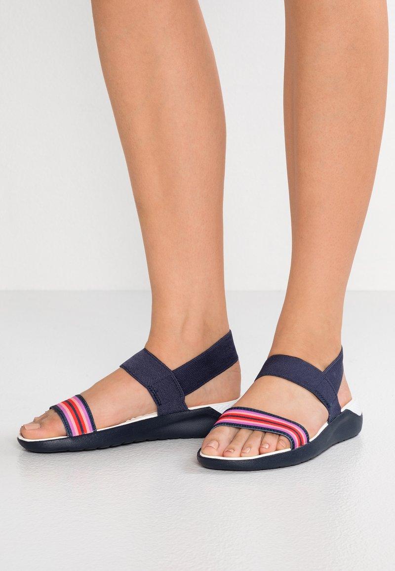 Crocs - LITERIDE - Sandals - navy/colorblock