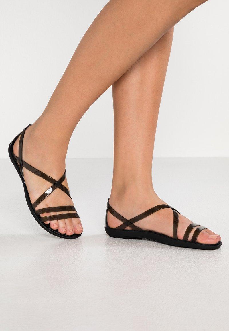 Crocs - ISABELLA STRAPPY  - Pool slides - black