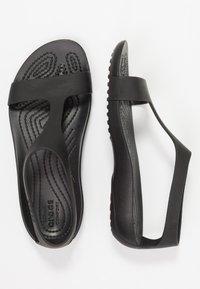 Crocs - SERENA  - Sandały kąpielowe - black - 3
