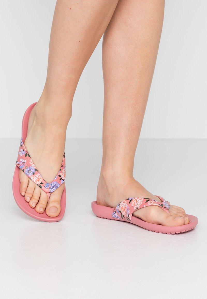 Crocs - KADEE SEASONAL - Kapcie - blossom