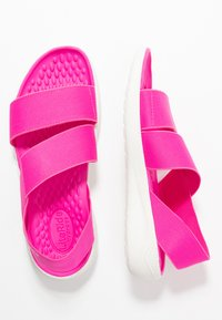 Crocs - LITERIDE STRETCH - Sandały - electric pink/almost white - 3
