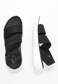 Crocs - LITERIDE STRETCH - Pantoffels - black - 3