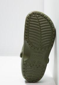 Crocs - CLASSIC - Sabots - army green - 4