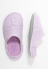 Crocs - CLASSIC - Pantuflas - lavender - 3