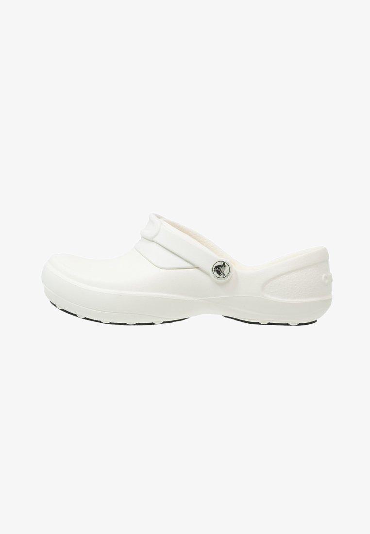 Crocs - MERCY WORK - Pantuflas - white