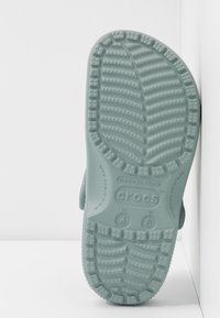 Crocs - CLASSIC - Ciabattine - dusty green - 6