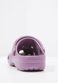 Crocs - CLASSIC - Muiltjes - lilac - 4